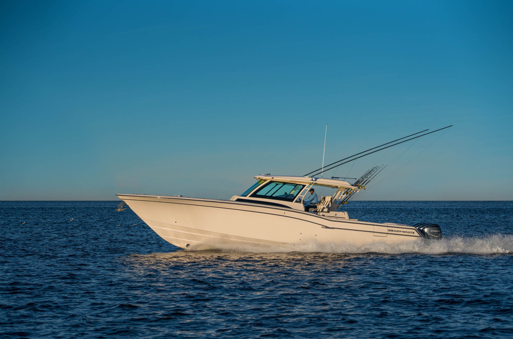 grady-white canyon 456 center console fishing boat